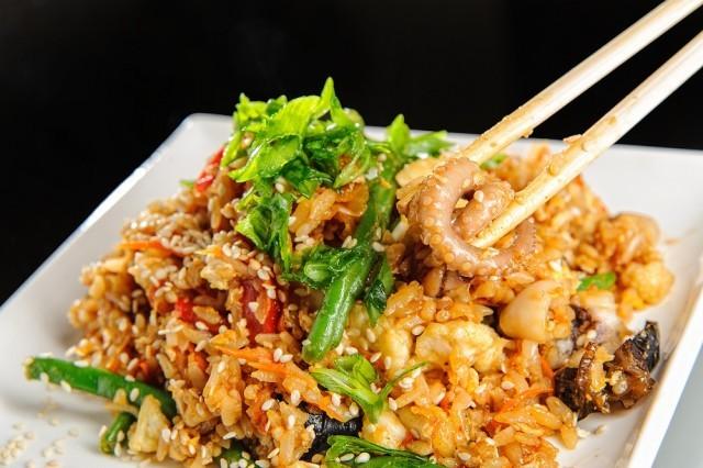 Морепродукты и рис